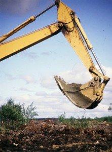 Koneellinen kullankaivu loppuun Lemmenjoella uuden kaivoslain määräyksellä vuoden 2018 loppuun.Lisäksi Saamelaiskäräjien valitukset ovat estäneet monen kaivajan työt, jotka nyt näyttävät saavan jatkua  määräaikaan asti.